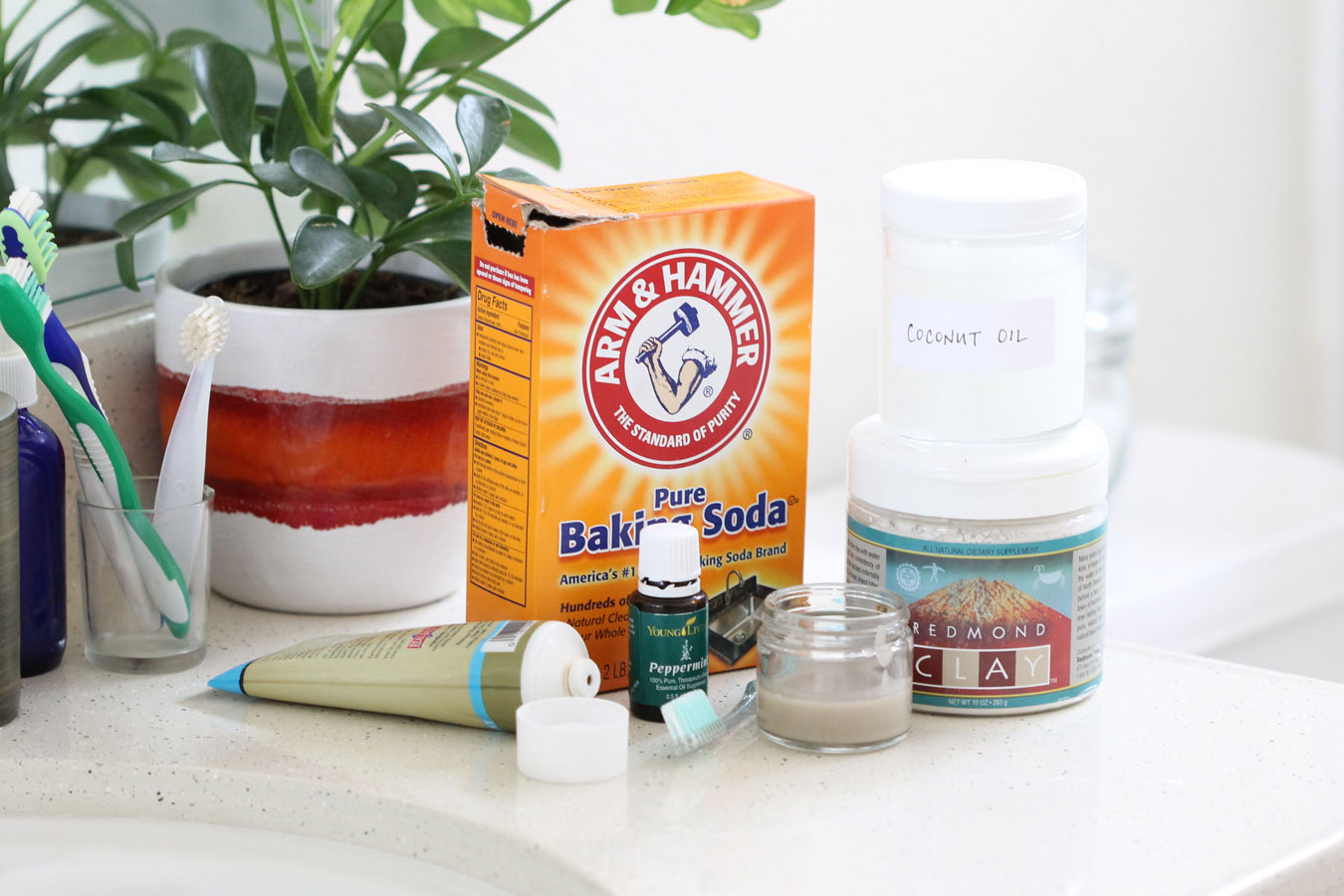 Natural oral hygiene routine | eatnakednow.com