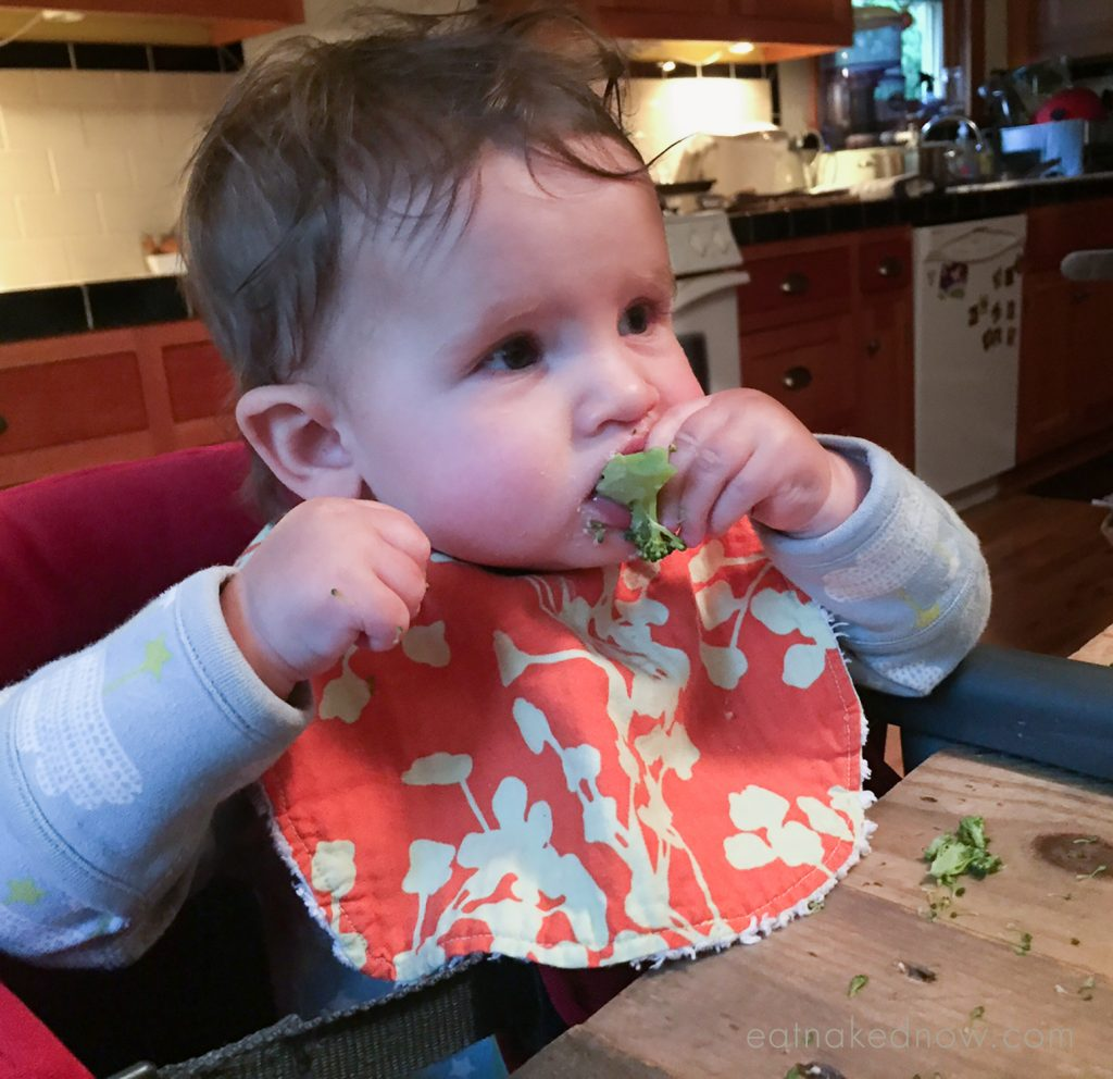 Baby's First Foods: A real foods approach to introducing your baby to solids | eatnakednow.com
